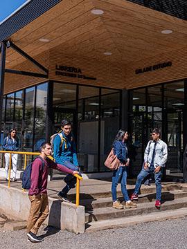 Facultad de Ciencias Sociales y Humanidades
