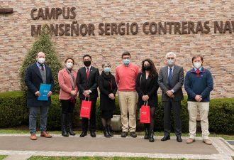 Dos estudiantes y un académico de la UCT se adjudicaron beca de movilidad Santander 2021