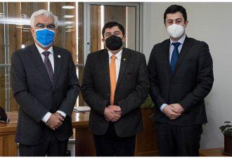 Rector Bórquez recibe visita protocolar de su par de la Universidad Arturo Prat, UNAP