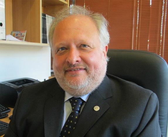 Decano Dr. Alfredo Gustavo Di Pietro