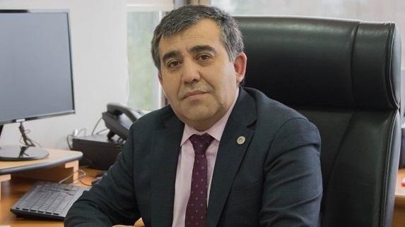 Decano Dr. Osvaldo Venegas Torres